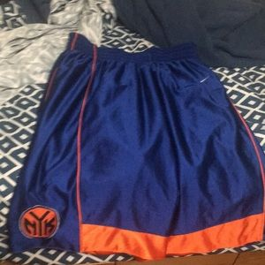 Knicks Baskeball shorts
